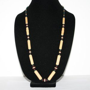beautiful vintage wooden necklace 30""